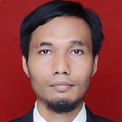 Lukmanul Hakim, S. Kom